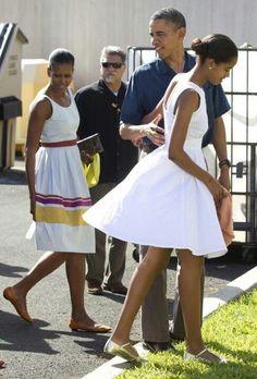 President Barack Obama With 1st Lady Michelle Obama & Malia Obama....