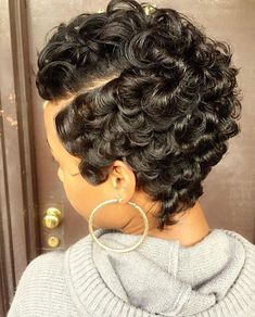 80 Best Short Pixie Hairstyles for Black Women 2018 2019 Short hair styles Short Black Hairstyles, Pixie Hairstyles, Pixie Haircut, Pretty Hairstyles, Braided Hairstyles, Crazy Hairstyles, Hairstyles 2016, School Hairstyles, African Hairstyles