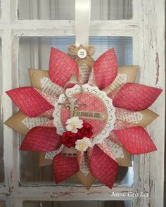 Tutorial Julestjerne Anne Gro Lia Washi Tape, 4th Of July Wreath, Christmas Wreaths, Christmas Ideas, Workshop, Paper Crafts, Holiday Decor, Cards, Home Decor