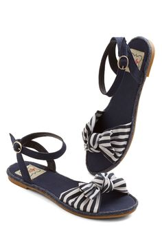 Striped sandals #nautical