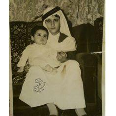 Mohammed Bin Rashid Bin Saeed Al Maktoum con Mansour Bin Ahmed Bin Ali Al-Thani. Vía: Hussain Al-Badi