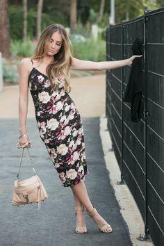 OOTD: Floral Midi Dress. #HelloGorgeous