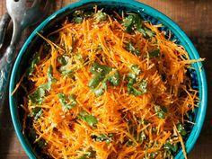 Karottenrohkost mit Sesam ist ein Rezept mit frischen Zutaten aus der Kategorie Gemüsesalat. Probieren Sie dieses und weitere Rezepte von EAT SMARTER!