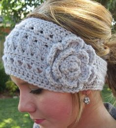 I am soOo in love with this crocheted head band! <3 Project #2 for 2013. I need to refresh my needlework skills!