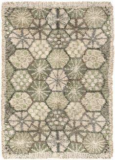 """Marianne Richter, """"stjärnor grön"""" or """"green stars"""" Rya Rug Rya Rug, Latch Hook Rugs, Textiles, Star Wars, Penny Rugs, Rug Hooking, Woven Rug, Vintage Rugs, Blue Area Rugs"""