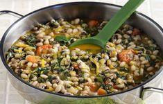 b_mayromatika_fasolia_kai_domata_5300_kath_73 Vegan Vegetarian, Vegetarian Recipes, Greek Recipes, Paella, Food To Make, Main Dishes, Food And Drink, Kai, Healthy Eating