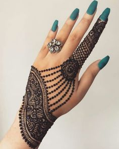 Mehndi is something that every girl want. Arabic mehndi design is another beautiful mehndi design. We will show Arabic Mehndi Designs. Henna Hand Designs, All Mehndi Design, Mehndi Designs Finger, Simple Arabic Mehndi Designs, Modern Mehndi Designs, Bridal Henna Designs, Mehndi Designs For Girls, Mehndi Design Photos, Beautiful Henna Designs