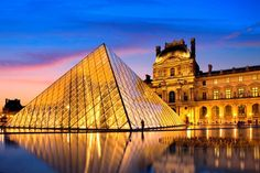 August 10,1793: LOUVRE MUSEUM OPENS  -   After serving as a royal palace for over two centuries, the rebel French government opens the Musée Central des Arts in the Grande Galerie of the Louvre.  The Louvre's collection is one of the richest in the world, with artwork and artifacts representative of 11,000 years of human civilization and culture.