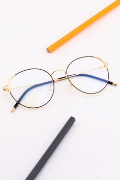 This round frame is made from high-quality metal material. This style is neat-o, but pattern design in the frame corners add slight detail. Available in two colors: black frame and gold, rose gold. Prescription Glasses Frames, Round Frame, Womens Glasses, Eye Glasses, Fashion Art, Eyewear, Pattern Design, Digital Art, School