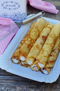 If I can translate this, I will make this Sweet Desserts, Delicious Desserts, Dessert Recipes, Yummy Food, Tasty, Hungarian Desserts, Hungarian Recipes, Crepes And Waffles, Sweet And Salty