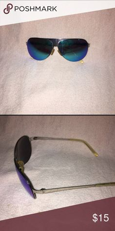 ce3c0c8252a Blue Reflector Sunglasses Awesome sunglasses that reflect shades of blue  and purple. Accessories Sunglasses Cool