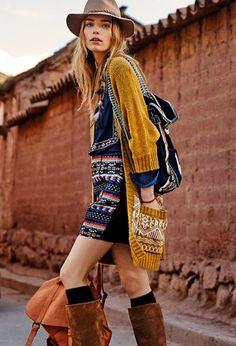 Vila : Tendance Aztèque Cette saison, la collection VILA s'inspire de l'esprit ethnique du Pérou, capturant l'essence de détails folkloriques riches et les références culturelles. Suivez le beau voyage de l'aventurière chic, à travers d'authentiques matières, des combinaisons de couleurs naturelles et une esthétique pleine de liberté !