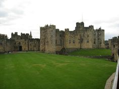 the most beautiful castles in the world | the-29-most-beautiful-castles-from-around-the-world-15.jpg