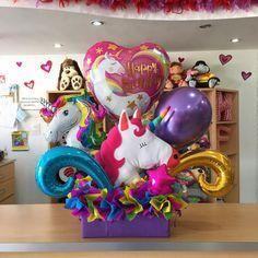 Arreglo de #Unicornio ✨ con nuestros globos #QualatexChrome disponible  Para consultar el precio de - joliandgift Unicorn Birthday Parties, Birthday Balloons, Unicorn Party, Balloon Arrangements, Balloon Decorations, Diy Party, Party Gifts, Balloon Gift, Balloon Bouquet
