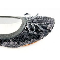 The most comfortable & cute foldable flats - Fit in Clouds.  Love!