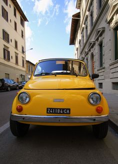 Vintage yellow Fiat 500 Canarino Firenze ITALY #TuscanyAgriturismoGiratola Firenze Italy, Best Of Italy, Fiat 500, Vintage Yellow, Sicily, Family History, Tuscany, Decay, Florence