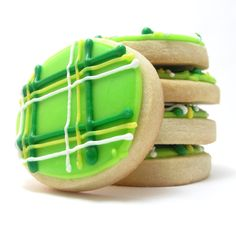 plaid cookies for St. Patrick's Day - the decorated cookie. You could do with any combination of colours including red, white and black for Autumn/Christmas