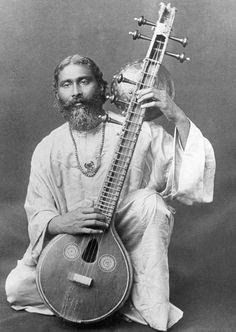 Pir-o-Murshid Hazrat Inayat Khan - Spiritual Figures, Spiritual Music, Indian Musical Instruments, Music Instruments, Vintage Photographs, Vintage Photos, Hindustani Classical Music, Art Of Noise, Vintage India