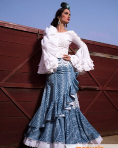 spanish style homes built in bakersfield ca Spanish Dress, Spanish Style, Feminine Dress, Feminine Style, Dance Fashion, Fashion Outfits, Flamenco Costume, Spanish Fashion, Blue And White Dress