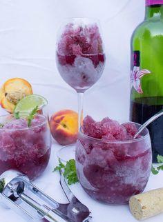 2 recettes de slush alcoolisées! Avec ton vin préféré! Pour un été holé holé! - Cuisine - Trucs et Bricolages