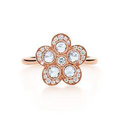 Tiffany Garden flower ring in 18k rose gold with diamonds.