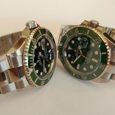 #brevet #custom #Rolex #bespoke #submariner #hulk #Kermit #116610 #16610 #116610LV #16610v #16610LV #anlage #perlageunderbezel#polishedcenterlinks #sapphire #displayback #3135 #customwhitegoldsecondshand #yellowgoldsecondshand #customedatewheel Retail Price for each is $19,995.00 DM to order. Mens Fashion Suits, Mens Suits, Cool Watches, Rolex Watches, Telling Time, Rolex Submariner, Kermit, Stainless Steel Watch, Retail Price