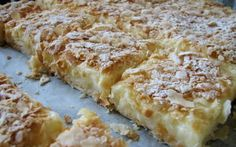 Desert prajitura cremes ca la Cluj Veg Recipes, Sweets Recipes, Just Desserts, Delicious Desserts, Cake Recipes, Cooking Recipes, Romanian Desserts, Romanian Food, My Favorite Food