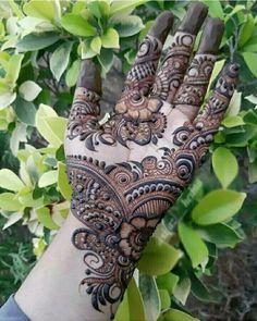 New and Trendy Bridal Mehndi designs 2020 Rajasthani Mehndi Designs, Henna Art Designs, Mehndi Designs For Beginners, Mehndi Designs For Girls, Unique Mehndi Designs, Wedding Mehndi Designs, Beautiful Henna Designs, Dulhan Mehndi Designs, Latest Mehndi Designs