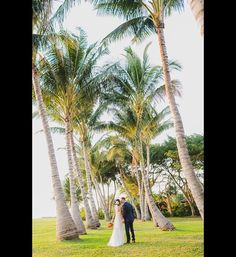 'Tis the season of the outdoor wedding. If you're lusting for Mother Nature this wedding spell, you're not alone. From rippling lakes and dense woodlands to rolling hills and striking mountain views,...