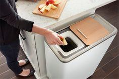 3.5kgもの生ゴミを貯めて、自宅で一気に肥料化することのできるマシン。匂いも気にならないし、1週間分の生ゴミをボタンひとつで、1日で肥料にできてしまうので、衛生的で使いやすい。クラウドファンディングサイト・indiegogoで展開。