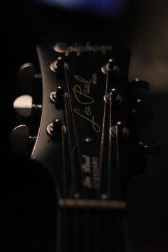 Vintage Les Paul Guitar