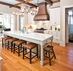 Ideas diy kitchen island with stove hoods for 2019 Kitchen Island Designs With Seating, Narrow Kitchen Island, Modern Kitchen Island, Modern Kitchen Design, New Kitchen, Kitchen Decor, Kitchen Islands, Skinny Kitchen, Long Kitchen