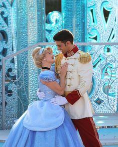 Disney Couples, Disney Love, Disney Magic, Disney Parks, Disney Pixar, Walt Disney, Fantasia Disney, Disney Theme, Disneyland Princess