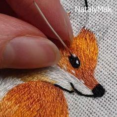 JEWELRY BAG EMBROIDERY (@natalymaki) • Фото и видео в Instagram Modern Embroidery, Beaded Embroidery, Hand Embroidery, Coin Purse, Handmade Jewelry, Brooch, Beads, Art, Beading