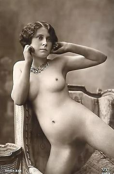 The Nude vintage women