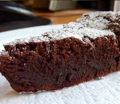 Receta: Bizcocho de chocolate con 3 ingredientes.
