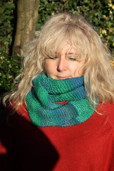 Handmade ombre wool rich cowl in a beautiful green by Katiecuckoo, Knitting Yarn, Hand Knitting, Double Knitting, Cowl, Crochet, Green, Handmade, Blue, Etsy