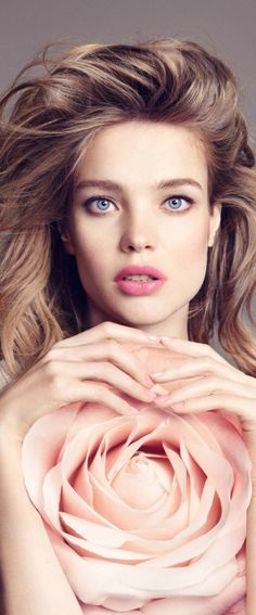 Natalia Vodianova for Guerlain Bloom of Rose Fall 2015 CollectionYou can find Natalia vodianova and more on our website.Natalia Vodianova for Guerlain Bloom. Natalia Vodianova, Magazine Mode, 2015 Hairstyles, Hair Styles 2016, Russian Models, Beauty Trends, Malta, My Idol, Fashion Photography