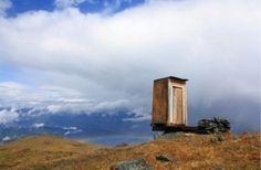 When you gotta go, you gotta go: the world's loneliest toilet is in Siberia