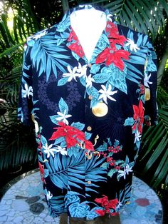 06e6f1cdd Made in Hawaii ALOHA shirt L pit to pit 24 PARADISE FOUND rayon Christmas  tropic #