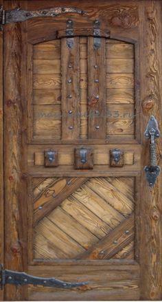 Мебель на заказ в Москве из сосны,дуба:Изготовление дверей на заказ входных из массива сосны