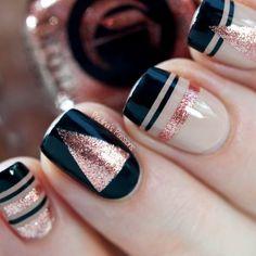nail art inverno rosa glitter e preto