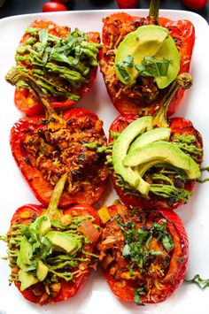 TheseHoney Lime Chicken EnchiladaStuffed Peppers can be made with or without meat – all with simple pantry ingredients and minimal prep! It's the best Tuesday in all the Tuesday's. Er, what? Tuesday and best in the same sentence? I know, but I have my reasons. Let's just pause for a second and add these honey …
