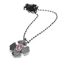 collar y colgante cruz Collar, Crochet Necklace, Pendant Necklace, Jewelry, Fashion, Pendants, Products, Jewels, Moda