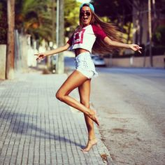 High waisted shorts, t shirt All Fashion, Passion For Fashion, Fashion Beauty, Boho Fashion, Summer Outfits, Cute Outfits, Ootd, Fashion Killa, High Waisted Shorts