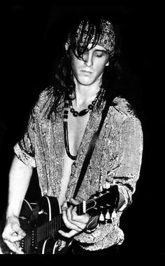 Izzy Stradlin Guns 'n' Roses Guns N Roses, 96 Hours, November Rain, Slash, Axl Rose, Music Icon, 80s Music, Rock Legends, Music Photo