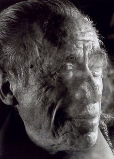 "Gottfried Helnwein [Fotografía]. ""Charles Bukowski"", silver print, 99 x 66 cm., 1991. San Francisco Museum of Modern Art (Estados Unidos / USA)."