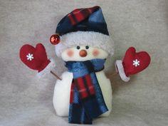 Snowman pattern: Cold Hands Warm Heart 412 door adelinescrafts