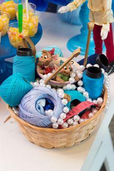 Festa Heróis e Princesas | Macetes de Mãe Children, Baby Boys, Ideas, Fiestas, Princesses, Young Children, Boys, Kids, Child