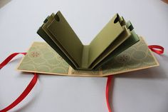 Tutorial on a cute envelope-type mini album. Unfortunately the site is not in English